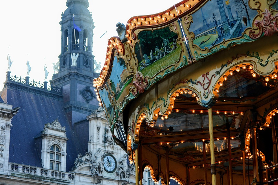 Paris manege at Hotel de Ville